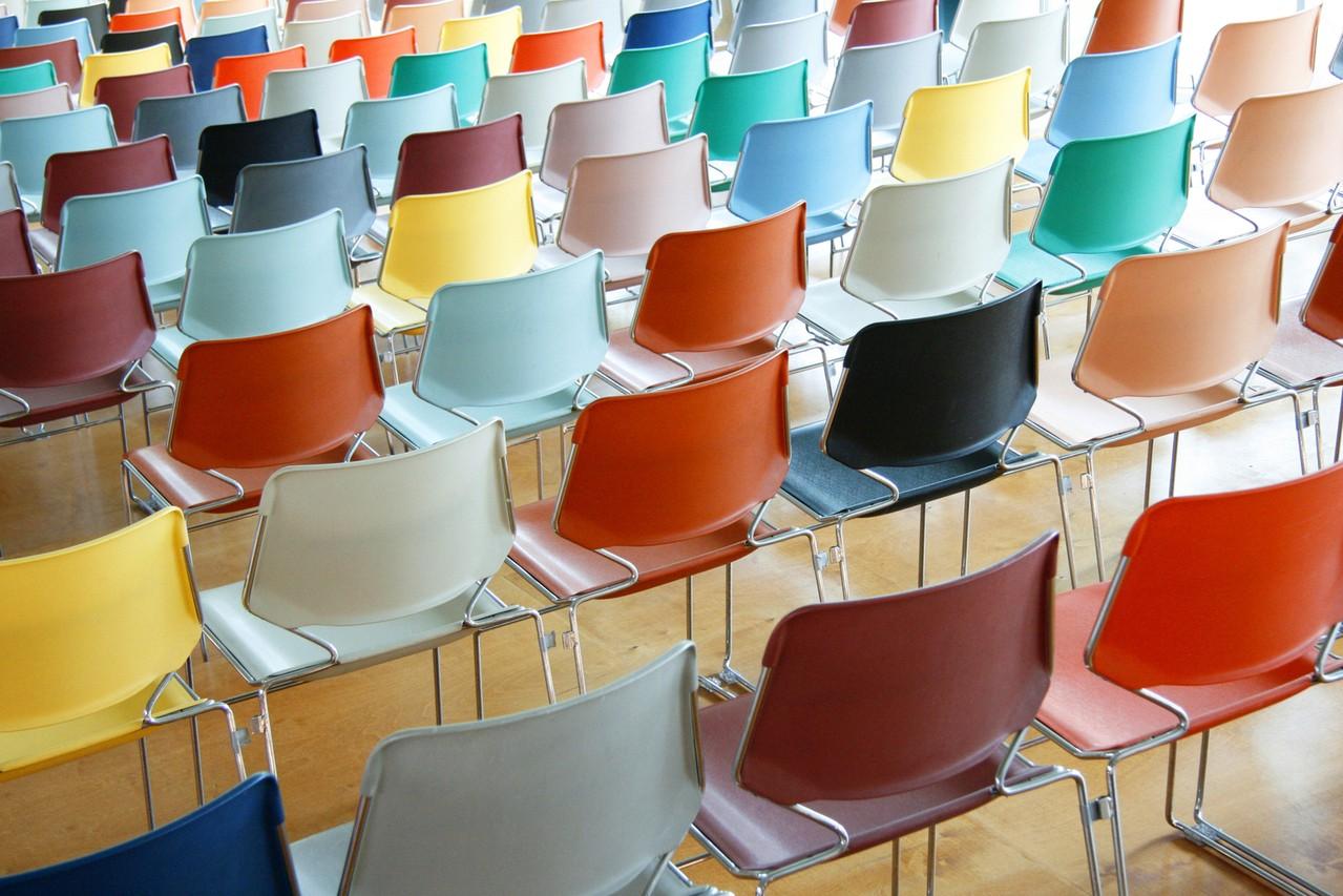 Nowoczesne wydanie – krzesła w innej odsłonie